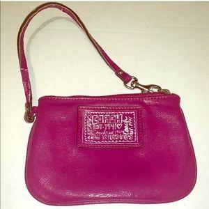 Coach Est 1941 Poppy Wristlet/Wallet Magenta